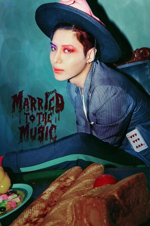 """Taemin """"Married To The Music"""" Teaser Image"""