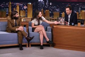 Tatiana Maslany in The Tonight Zeigen with Jimmy Fallon
