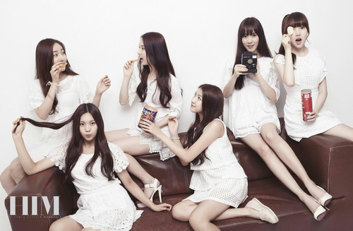 GFriend দেওয়ালপত্র probably containing a bridesmaid and a portrait titled [HQ] GFRIEND for HIM Magazine July 2015