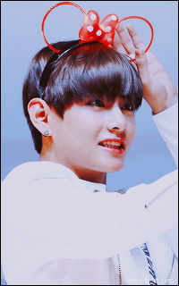 V Bts Images Kim Taehyung Wallpaper And Background Photos