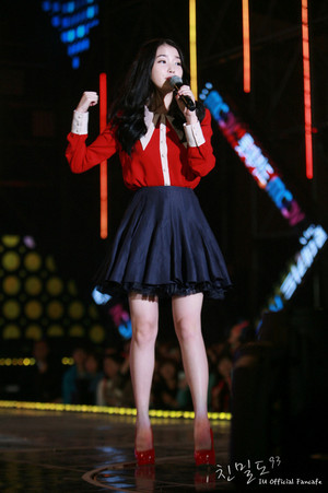 141017 IU(アイユー) at Lotte Card MOOV - 音楽 in Incheon コンサート