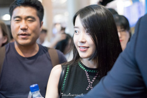 150830 IU at Incheon Airport back from Shanghai