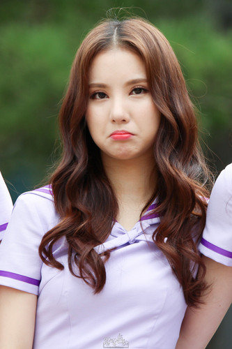 [Imagem: 150906-Gfriend-Eunha-gfriend-38838716-333-500.jpg]