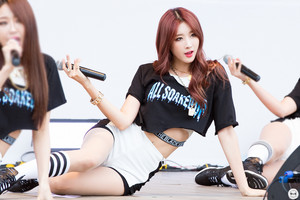 150912 Nine Muses Hyuna Walking Festival Asan Sharing