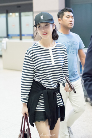 150913 IU(アイユー) at Hong Kong International Airport Returning to Korea
