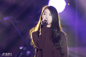 150919 IU at Melody Forest Camp کنسرٹ