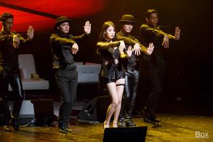 150920 李知恩 performing 'I'm 23' at 7th Debut Anniversary Fanmeeting