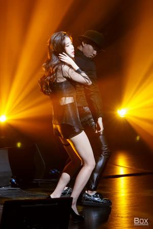 150920 IU performing 'I'm 23' at 7th Debut Anniversary Fanmeeting