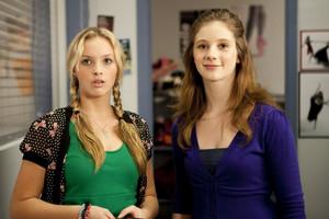 1x07 - Crush Test Dummies - Kat and Tara