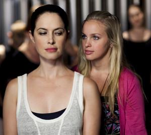 1x20 - Ballet Fever - Natasha and Kat