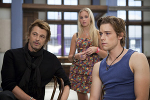 1x24 - Heatwave - Sebastian, Kat and Ethan