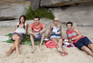 2x06 - Like No One's Watching - Tara, Sammy, Kat and Ben