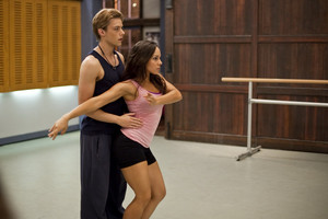 2x07 - A Choreographed Life - Abigail and Ethan