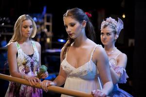 2x13 - Backstab - Kat, Tara and Grace