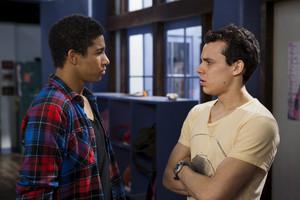 2x21 - Ladder Theory - Ollie and Sammy