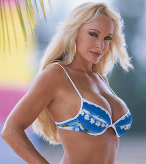 50 Greatest Diva Beach Photos
