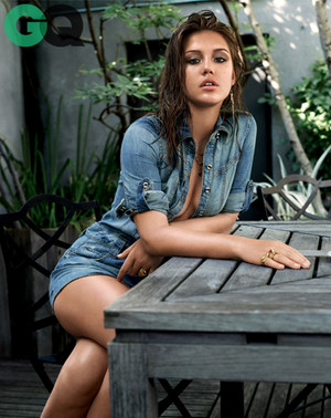 Adele Exarchopoulos - GQ Photoshoot - 2013