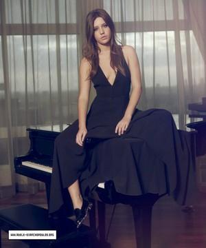 Adele Exarchopoulos - Oscar inpakken, wrap Photoshoot - 2013