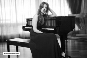 अडेल Exarchopoulos - Oscar लपेटें Photoshoot - 2013