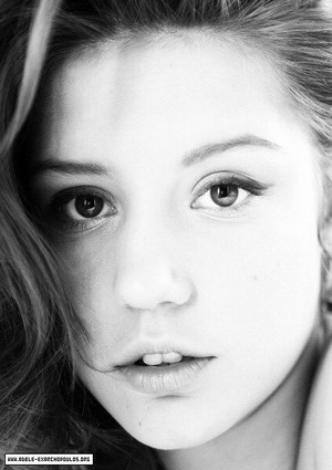 अडेल Exarchopoulos - Photoshoot - 2011
