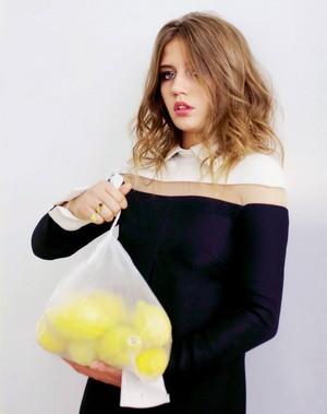 아델 Exarchopoulos - Stylist Photoshoot - 2013