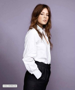 아델 Exarchopoulos - The Guardian Photoshoot - 2013