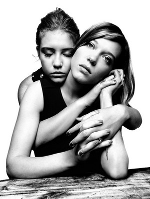 अडेल Exarchopoulos and Lea Seydoux - New York Magazine Photoshoot - 2013