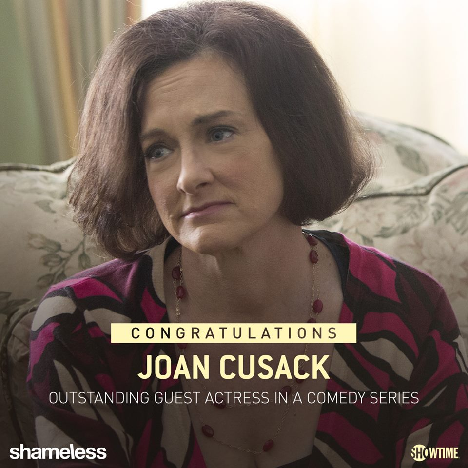 After 5 consecutive nominations for her Sheila on Shameless, Joan Cusack took 首页 Emmy 金牌