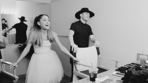 Ari par Ariana Grande (Behind The Scenes)