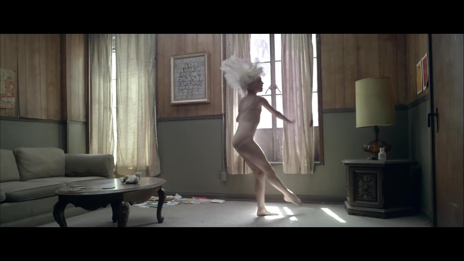 Chandelier {Music Video} - Sia Photo (38892721) - Fanpop