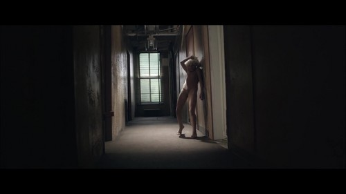 Sia imgenes chandelier music video hd fondo de pantalla and sia fondo de pantalla titled chandelier music video aloadofball Choice Image
