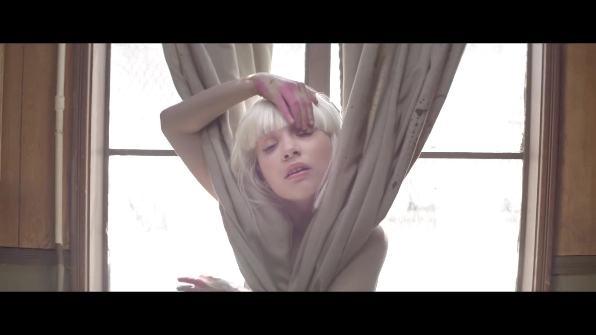 Chandelier {Music Video} - Sia Photo (38893229) - Fanpop