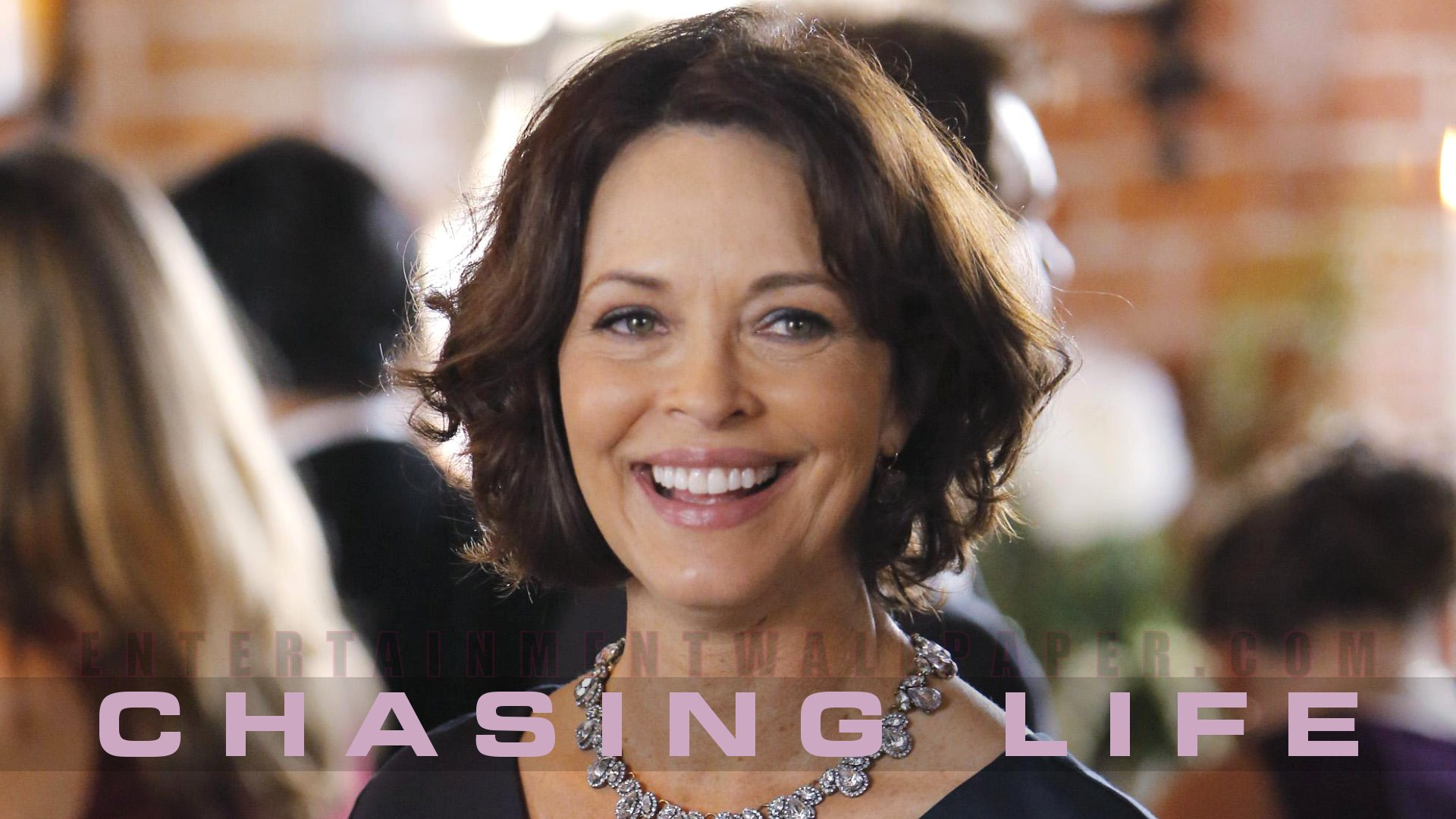 Chasing Life Wallpaper