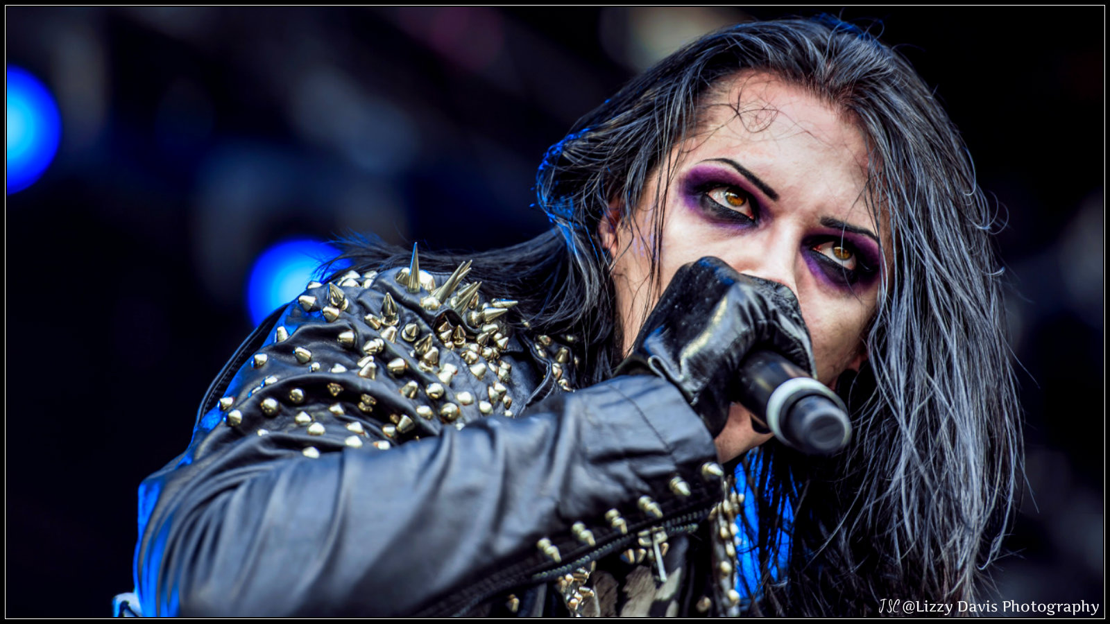 Are chris motionless and ash costello dating 4