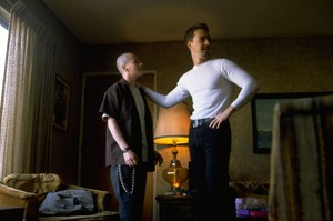 Edward Furlong as Danny and Edward Norton as Derek Vinyard