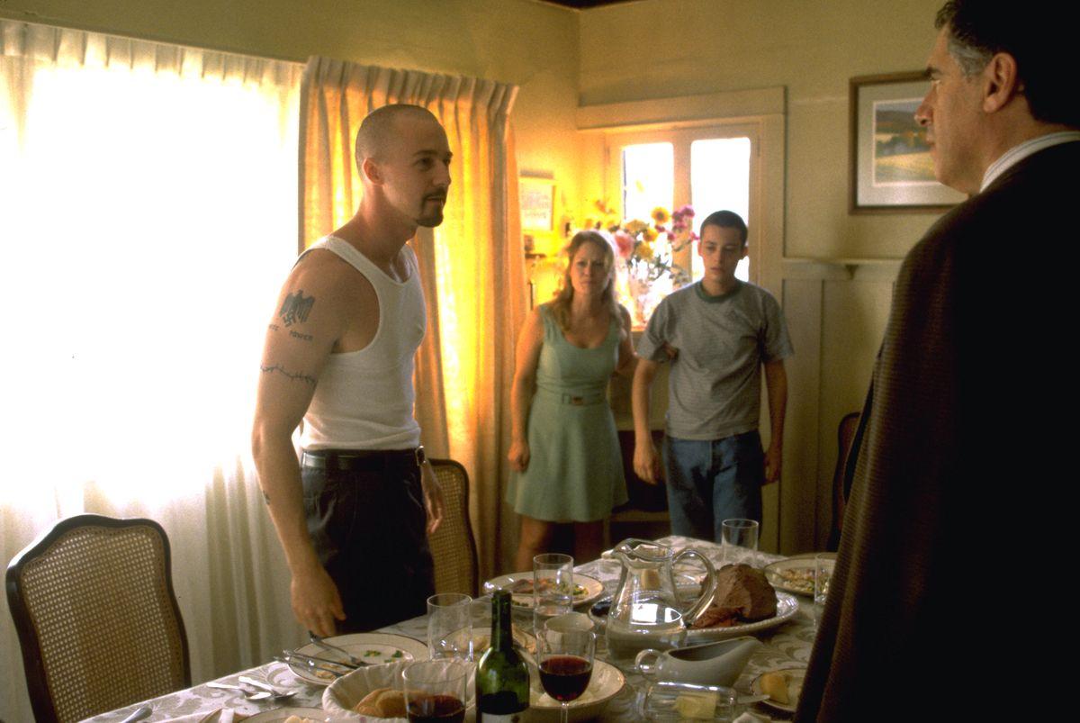Edward Norton as Derek, Beverly D'Angelo as Doris and Edward Furlong as Danny Vinyard