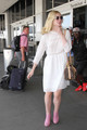 Elle at LAX Airport  - elle-fanning photo