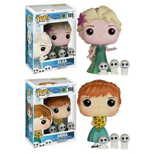 Frozen پیپر وال titled Frozen Fever - Elsa and Anna Funko Pop Figures