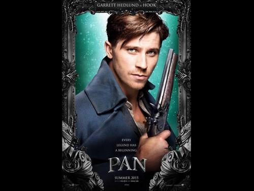 Pan 2015 fondo de pantalla entitled Garrett Hedlund As Hook In Pan