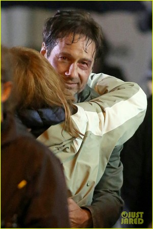 Gillian Anderson and David Duchovny wickeln, wickeln sie 'X-Files' Filming!