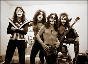 KISS ~Atlanta, Georgia…July 18, 1974