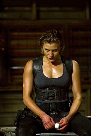 Katee Sackhoff as Dahl in Riddick