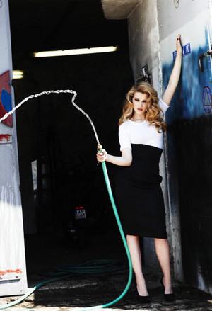 Lea Seydoux - Elle France Photoshoot - 2010