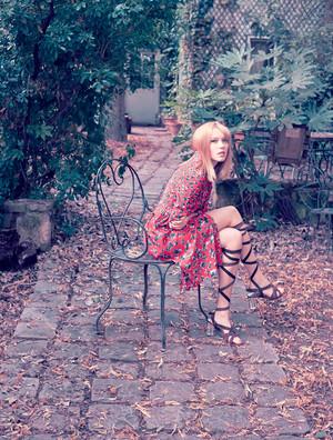 Lea Seydoux - Harper's Bazaar Brazil Photoshoot - 2014