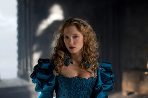 Lea Seydoux as Belle in La belle et la bête / Beauty and the Beast