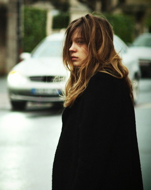 Lea Seydoux as Eve in Le roman de ma femme