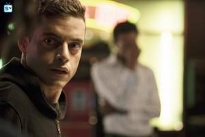 "MR. ROBOT -- ""da3m0ns.mp4"" - Promotional Images"