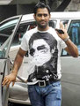 Mahendra Singh Dhoni got his michael jackson shirt on - michael-jackson photo