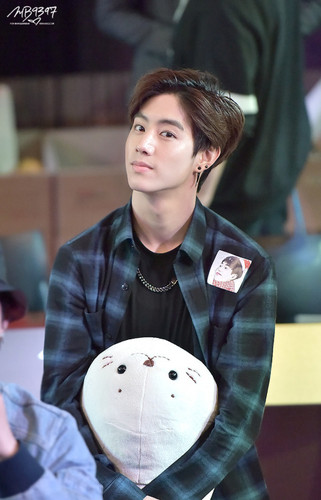 Mark (GOT7) images Mark Tuan HD wallpaper and background ...