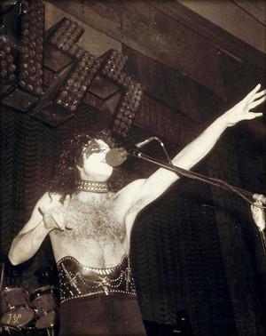 Paul ~March 19, 1975 (Roxy Theater)
